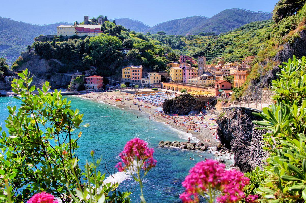 Cartina Delle Spiagge Della Liguria.Le 10 Spiagge Piu Belle Della Liguria Skyscanner Italia