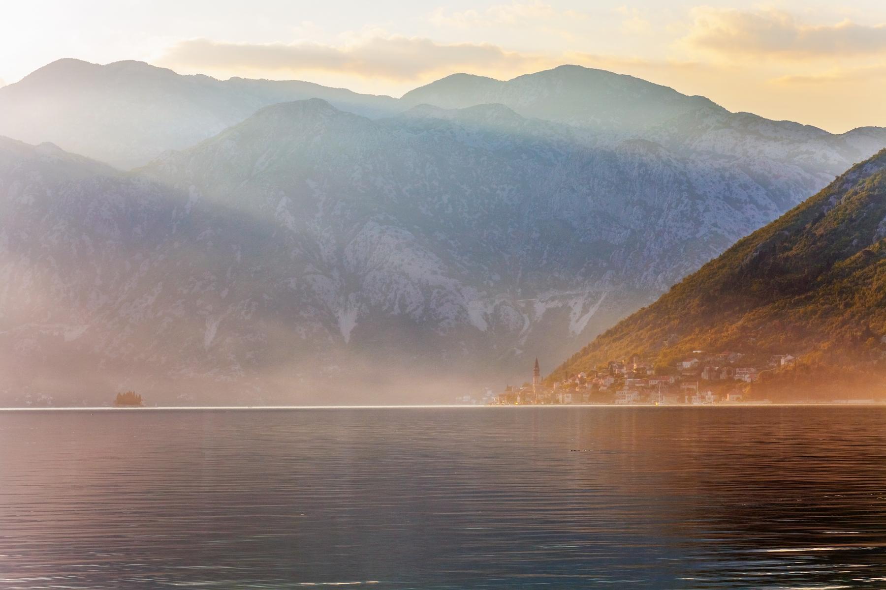 Куда поехать отдыхать зимой. Которский залив. Черногория