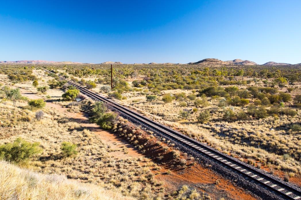 Κομμάτι της διαδρομής του The Ghan στην καρδιά της Αυστραλίας.