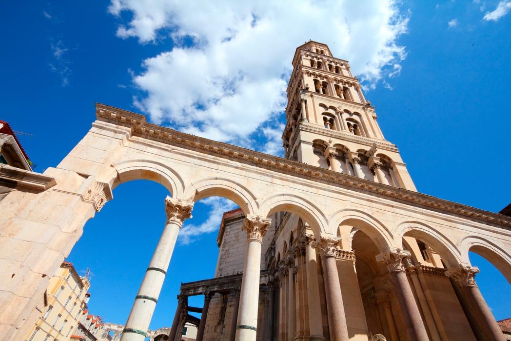 Το Παλάτι του Διοκλητιανού είναι απ' τα δημοφιλέστερα αξιοθέατα στο Σπλιτ - 8 καλοί λόγοι για ένα ταξίδι στην Κροατία την άνοιξη 2020
