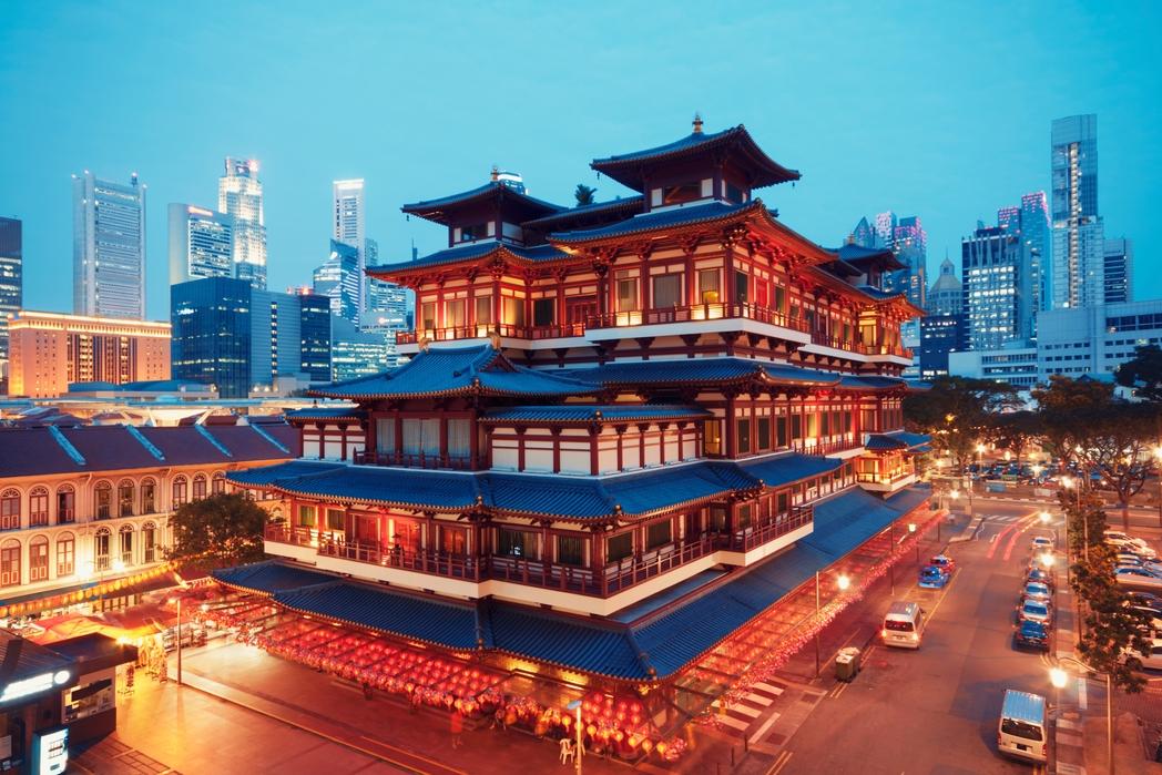 Ο επιβλητικός Buddha Tooth Relic Temple στην Chinatown - πώς να περάσετε 72 ώρες στη Σιγκαπούρη