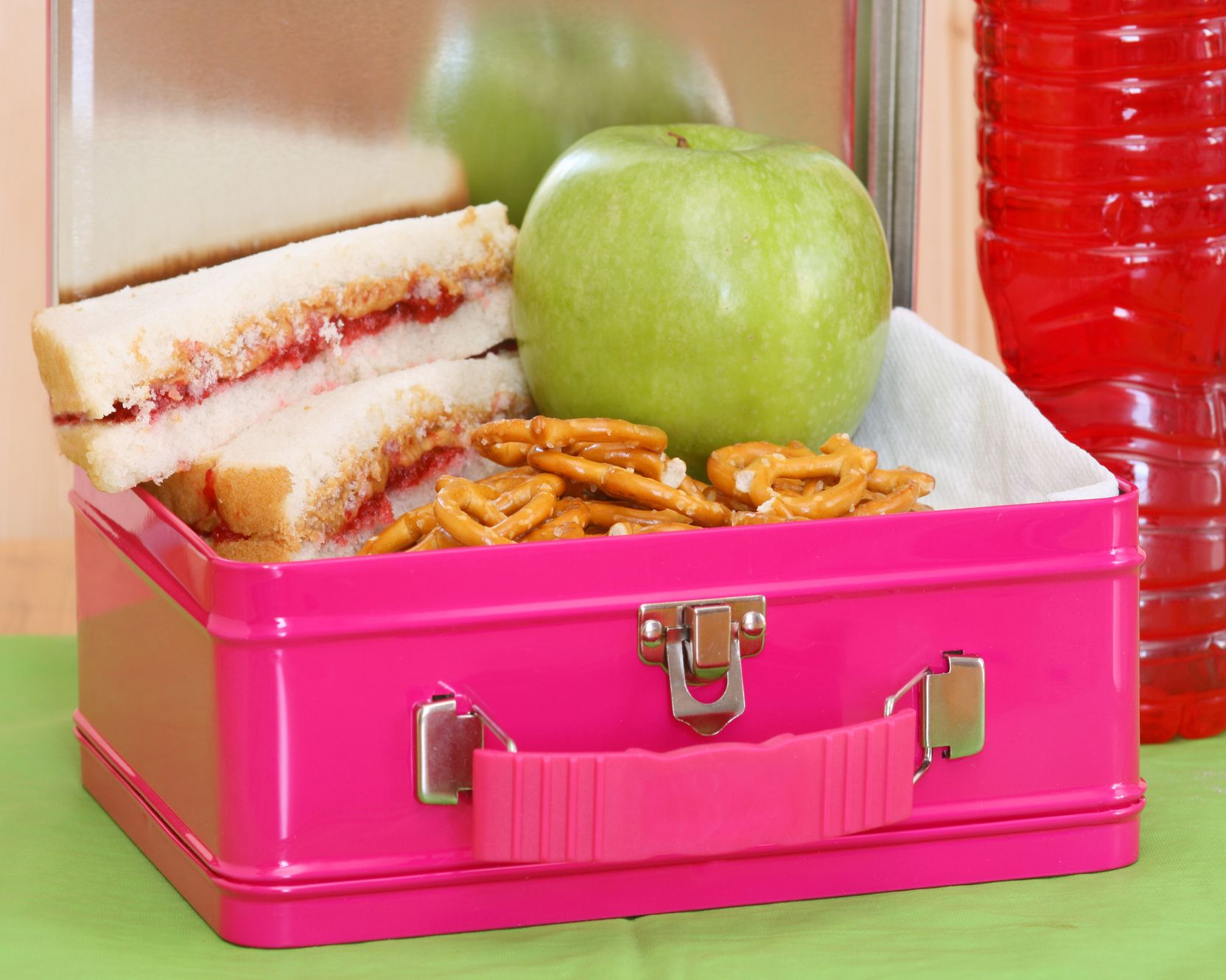 Lunch in a pink lunch box