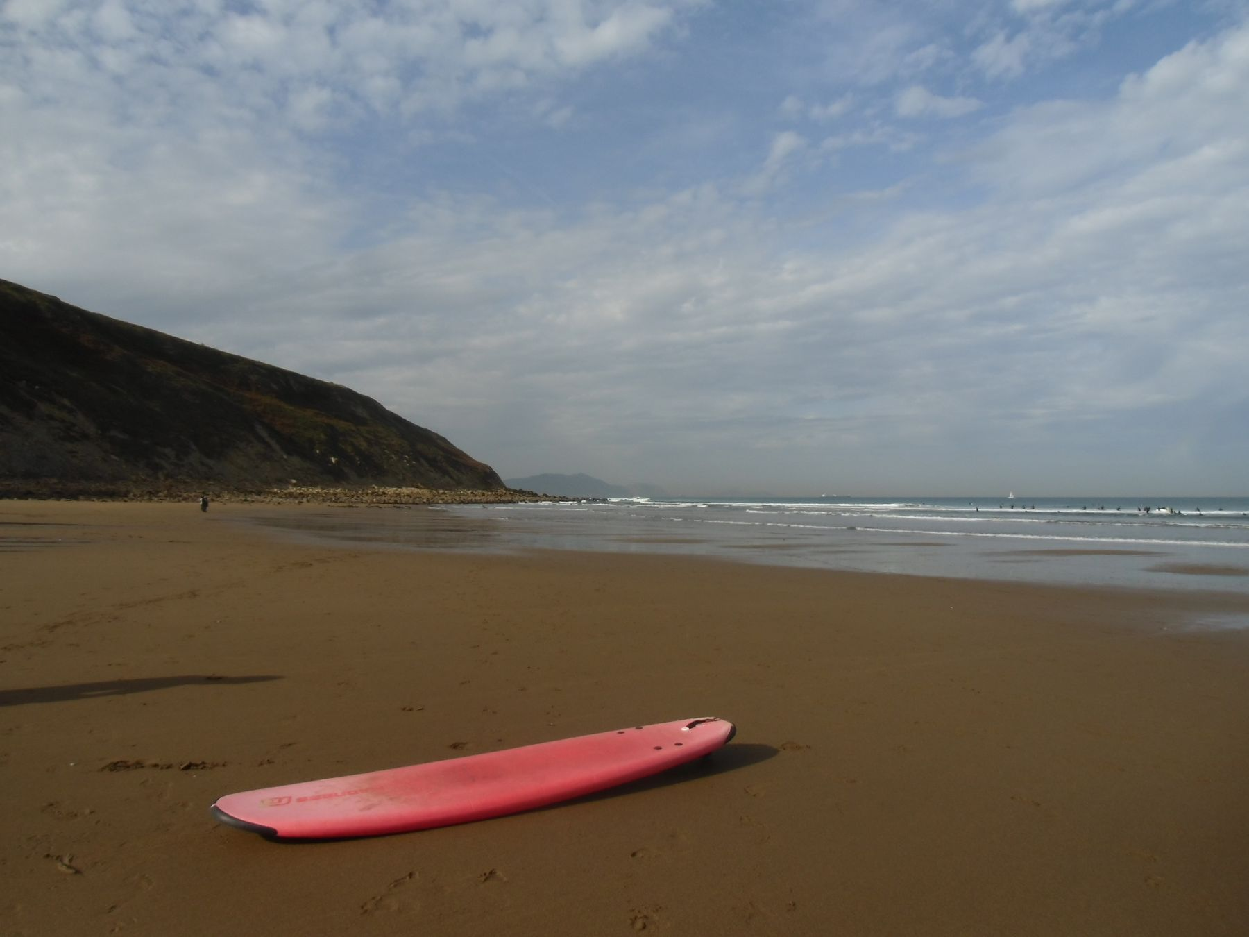 Surf playa bakio que hacer en uribe