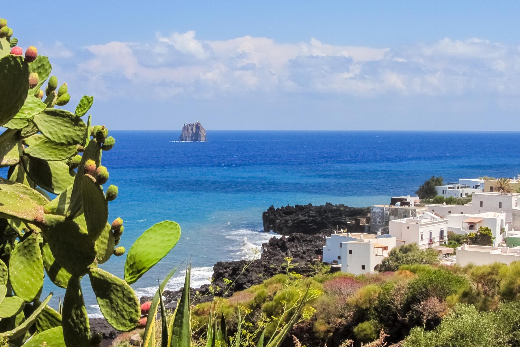 Stromboli, Isole Eolie - isole italiane più belle