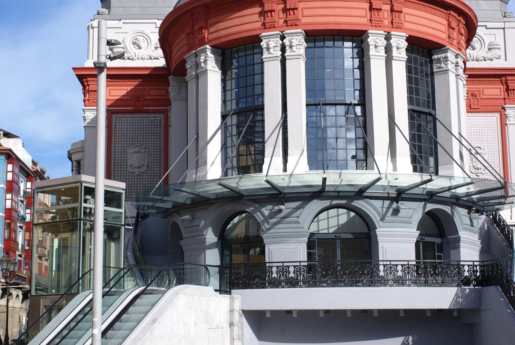 Mercado de la Ribera que visitar en Bilbao