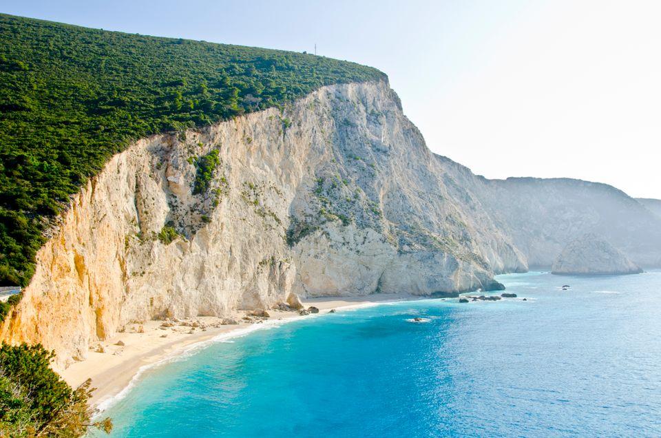 Παραλία Πόρτο Κατσίκι, Λευκάδα - μία απ΄τις πιο δημοφιλείς παραλίες του Ιονίου