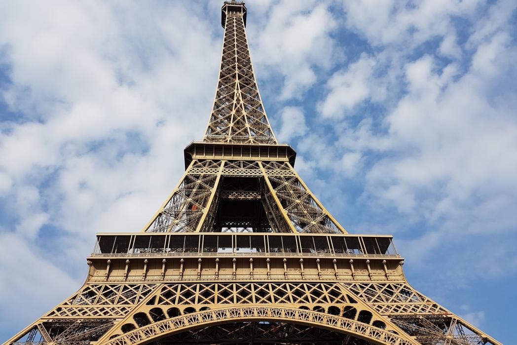 Wieża Eiffla - obowiązkowy punkt na weekend w Paryżu