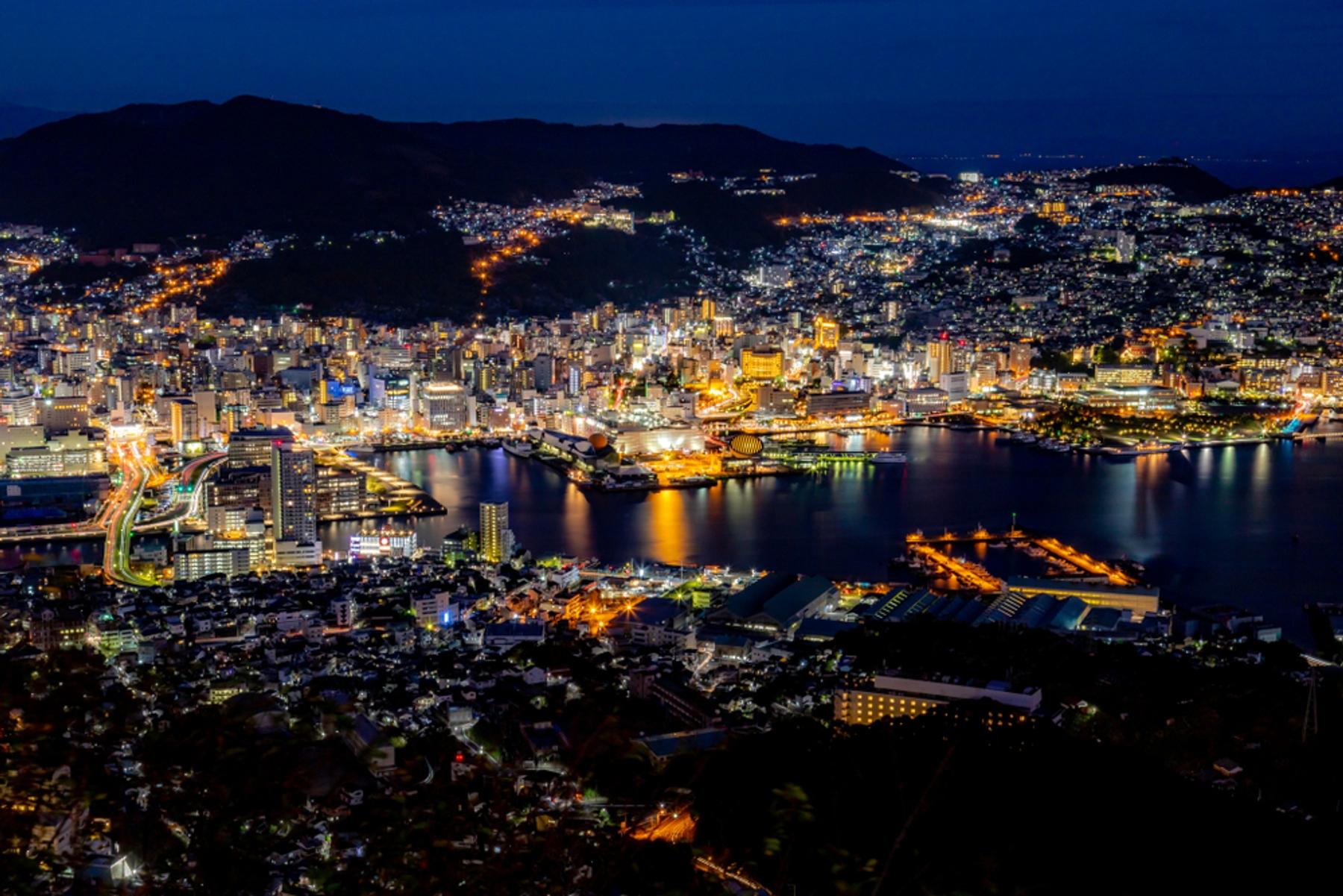 長崎県 稲佐山の展望台からの夜景