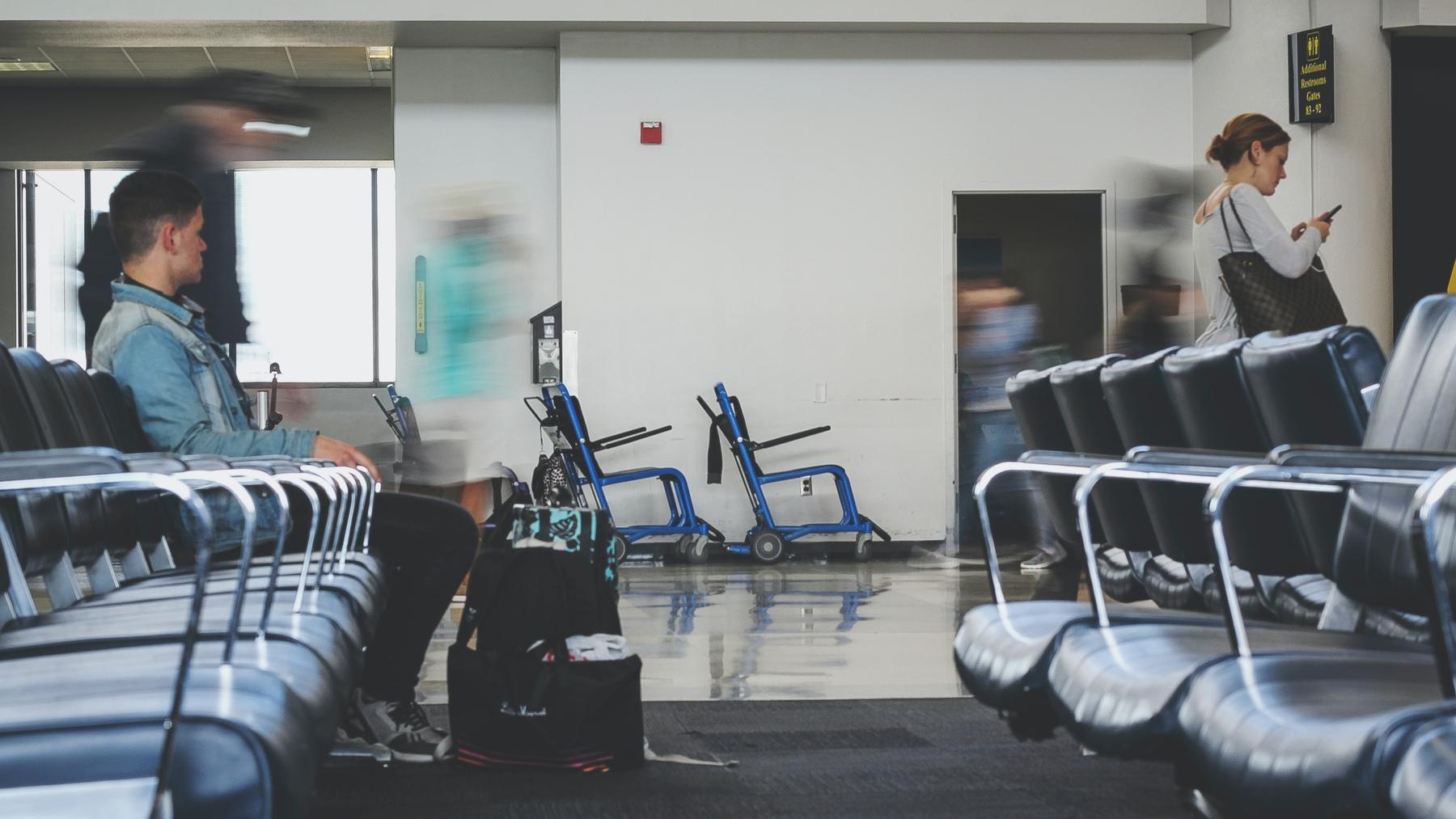 Consultez les dernières informations en cas d'annulation ou de retard de vol.