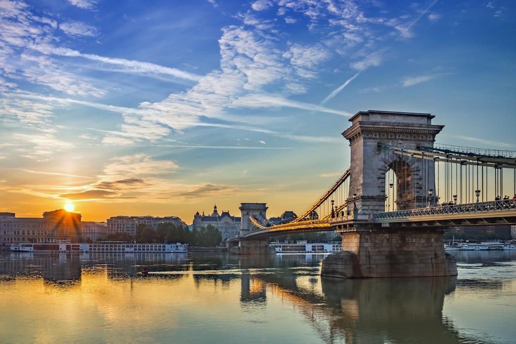 Ηλιοβασίλεμα στον Δούναβη