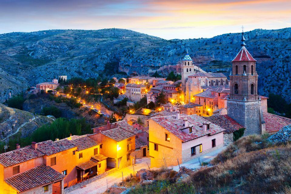 Город Альбаррасин в Испании