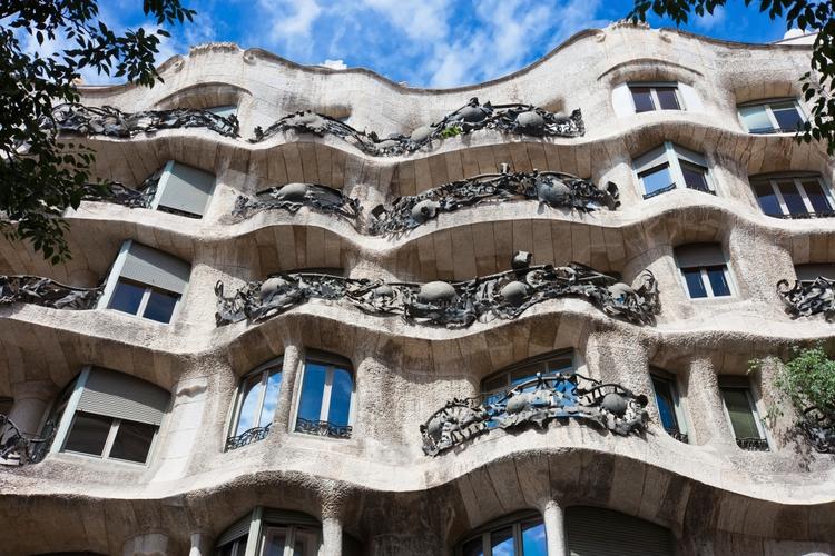 gaudis balkonger i barcelona
