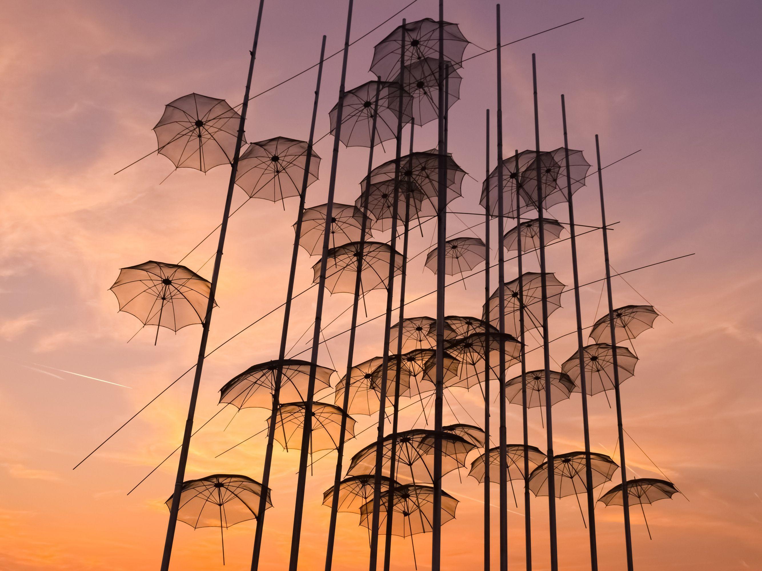 Οι χαρακτηριστικές Ομπρέλες της Νέας Παραλίας της Θεσσαλονίκης