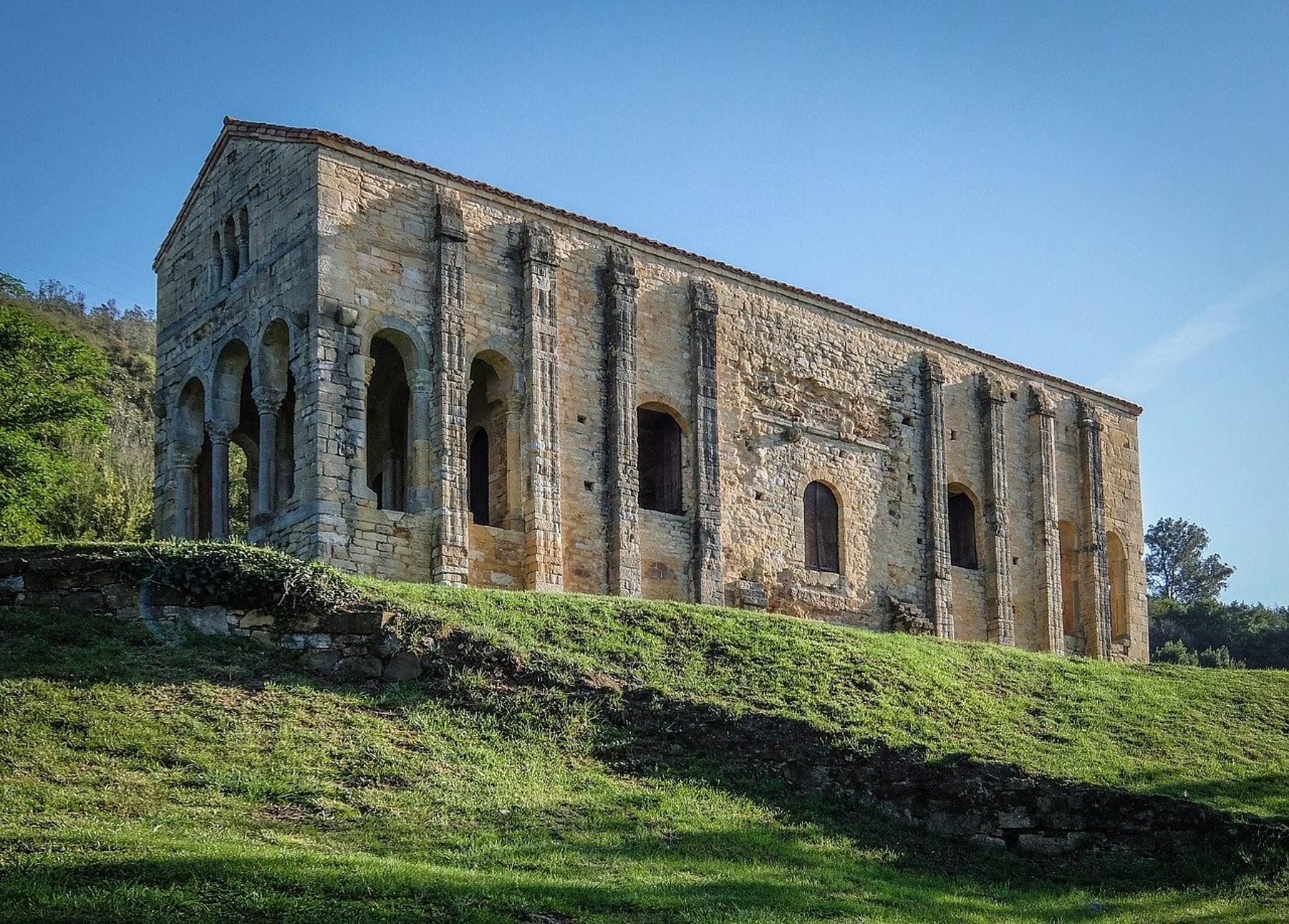 Santa María del Naranco que ver en Oviedo