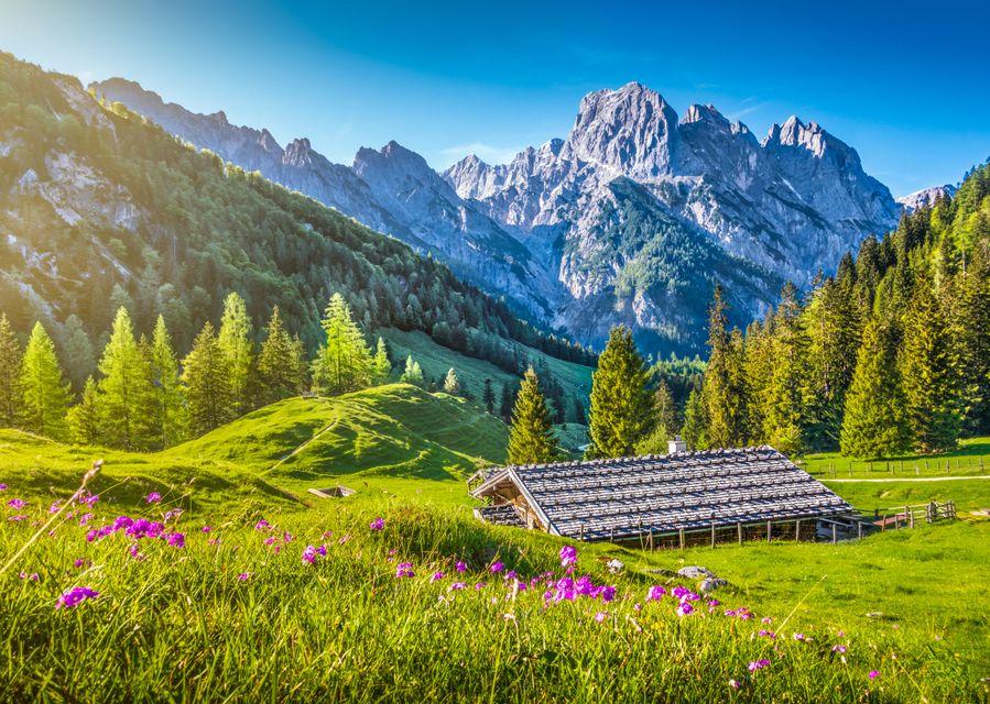 Альпийская деревушка в Швейцарии