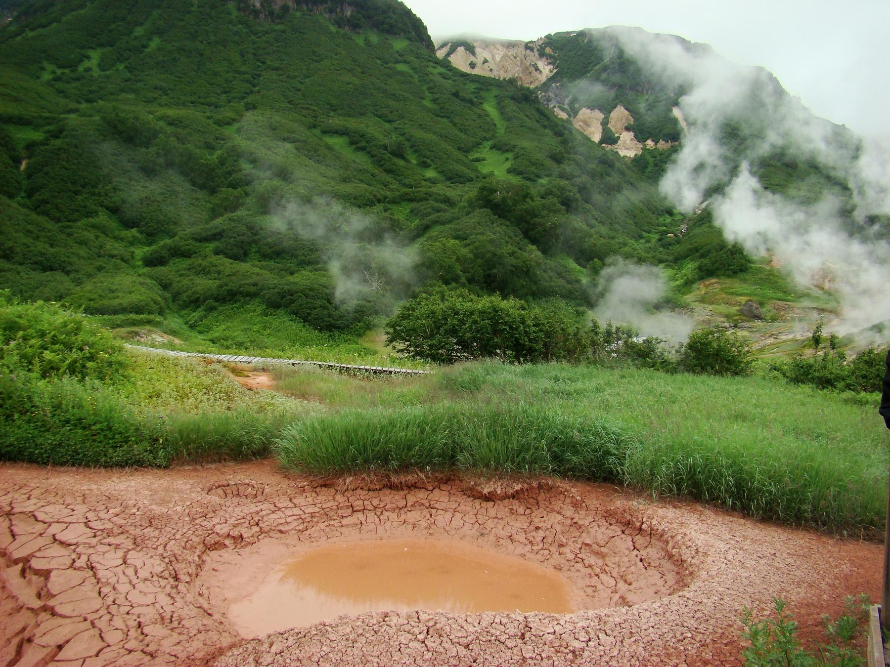 Вулканы и гейзеры Камчатки. Минеральный курорт Паратунка на Дальнем Востоке