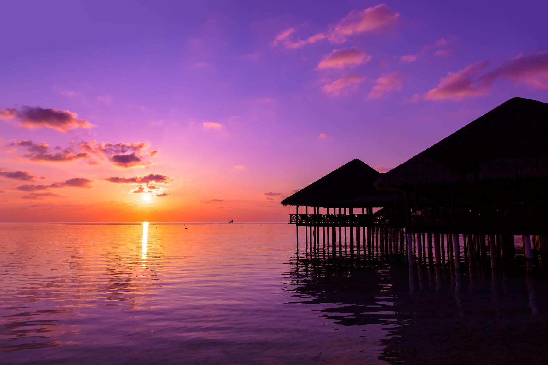 Сиреневый закат на Мальдивских островах