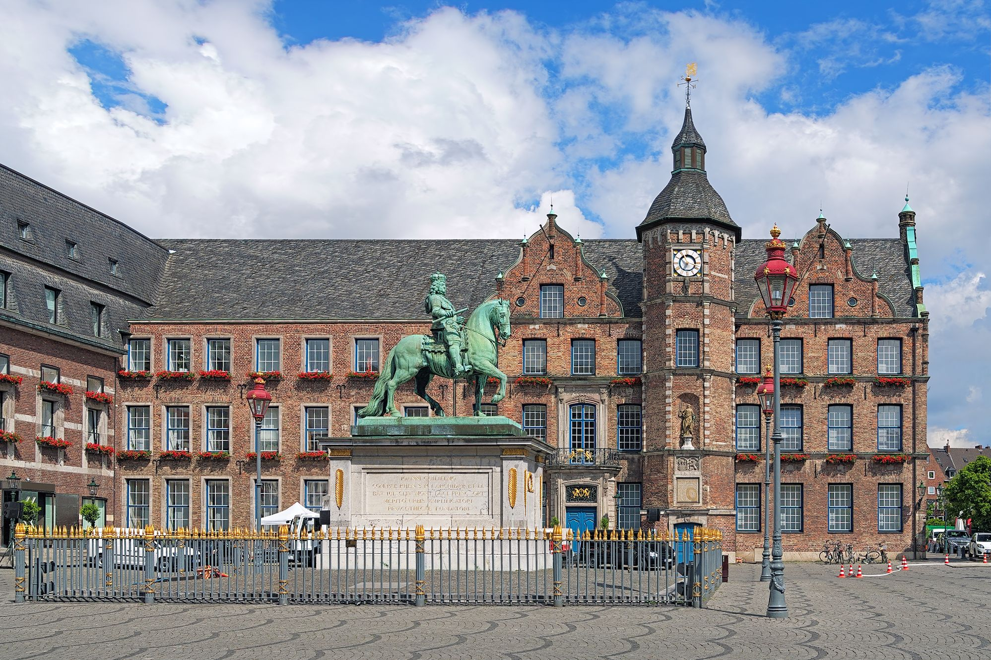 Old Town Square, Dusseldorf
