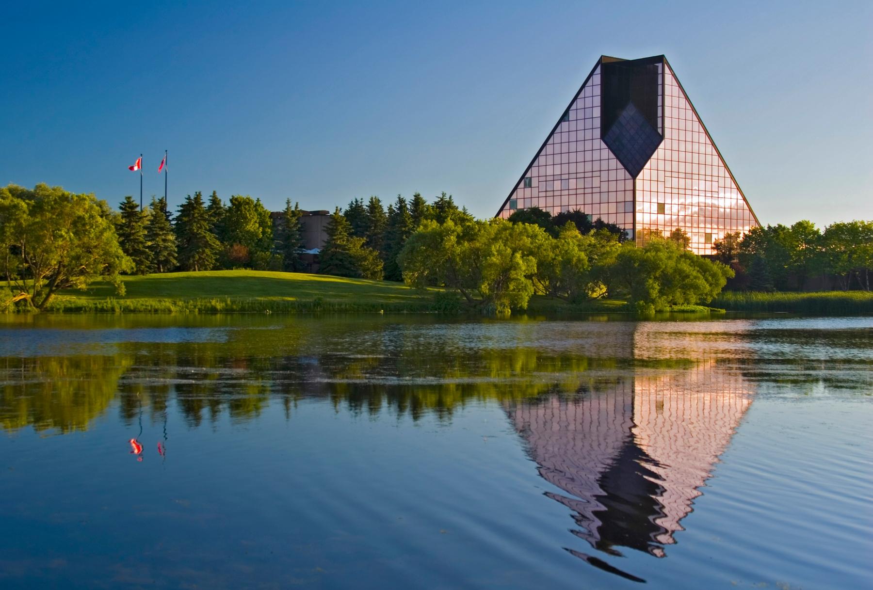 Winnipeg museum of human rights