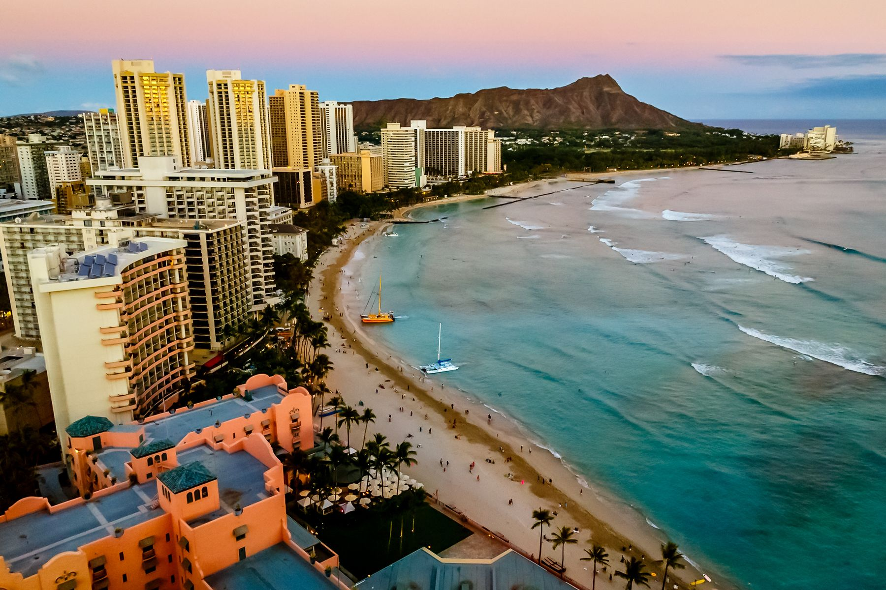 Best shoreline view of Waikiki in Hawaii and the surrounding beach hotels