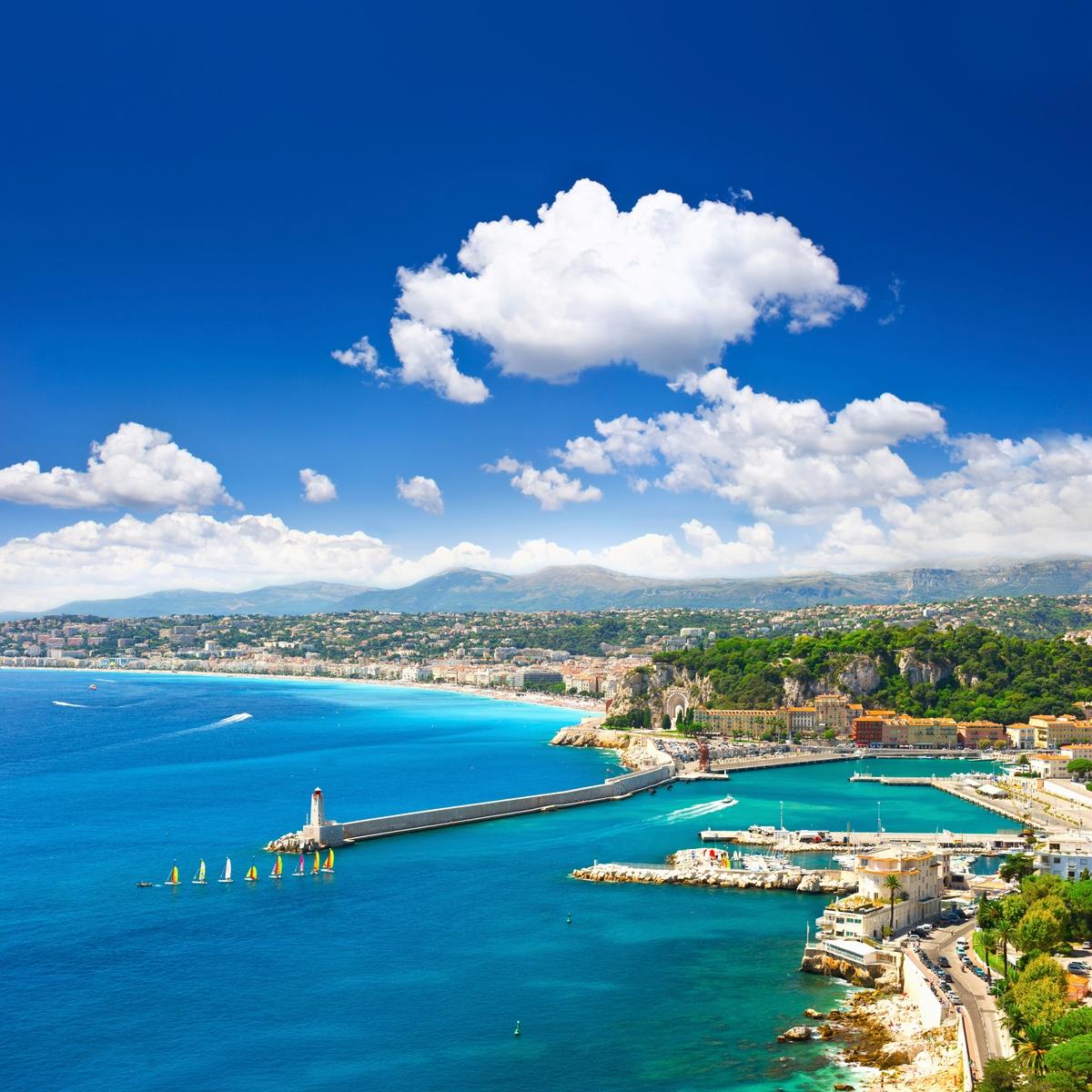 Θέα της Νίκαιας από ψηλά - Γαλλική εναντίον Ιταλικής Ριβιέρας