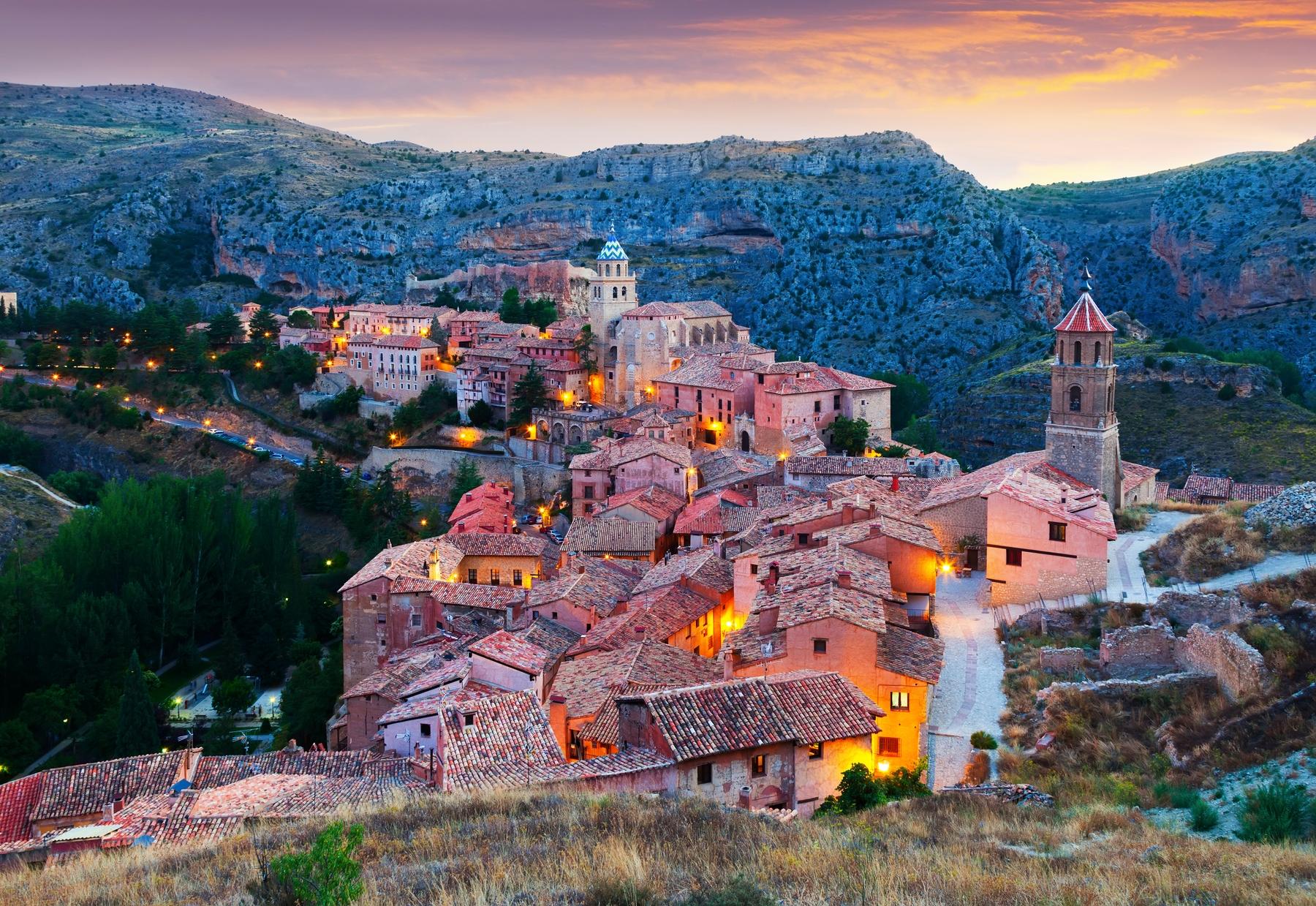 panorámica de albarracín, uno de los pueblos más bonitos de españa