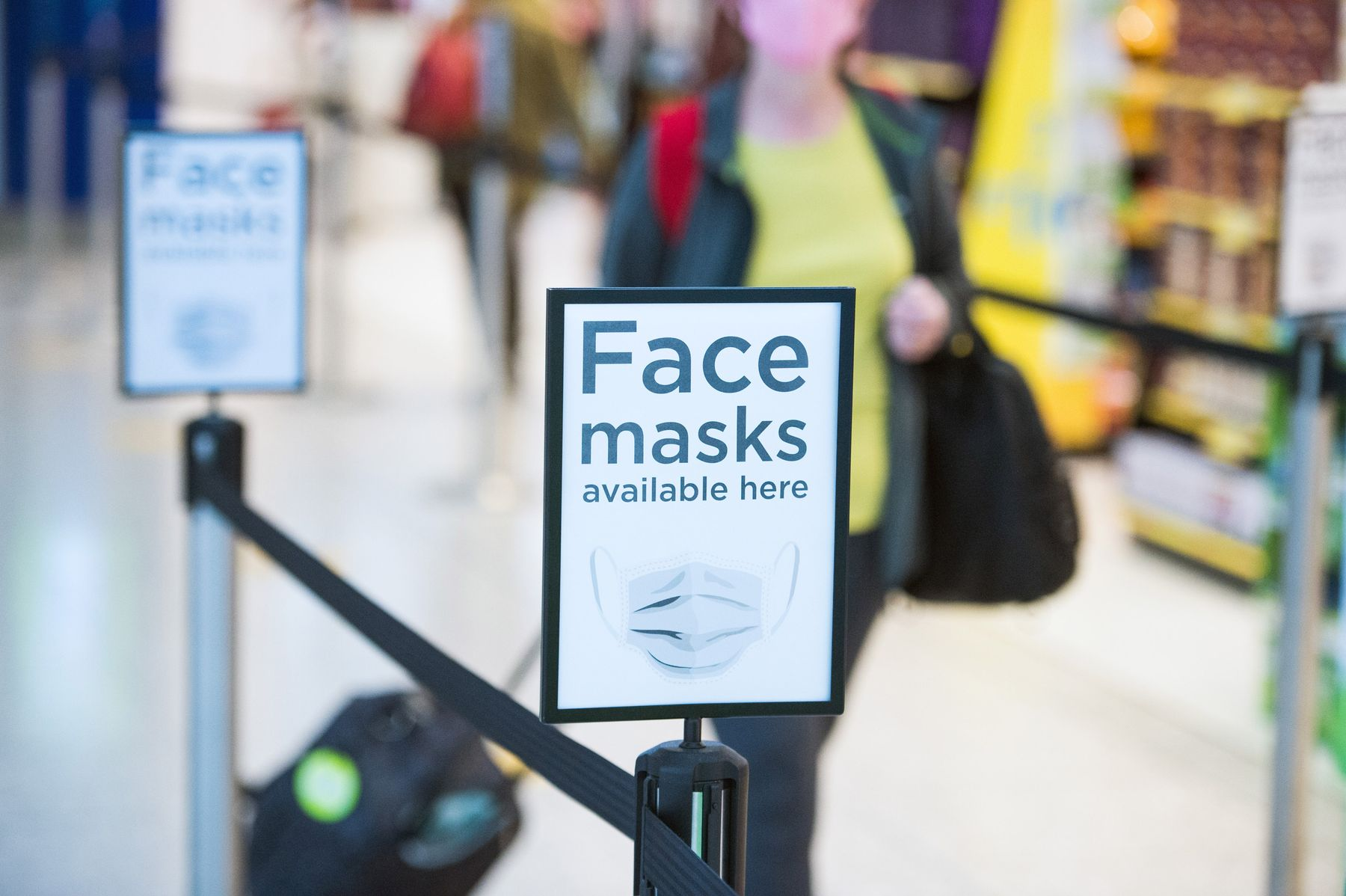 Face coverings are required at airports during coronavirus