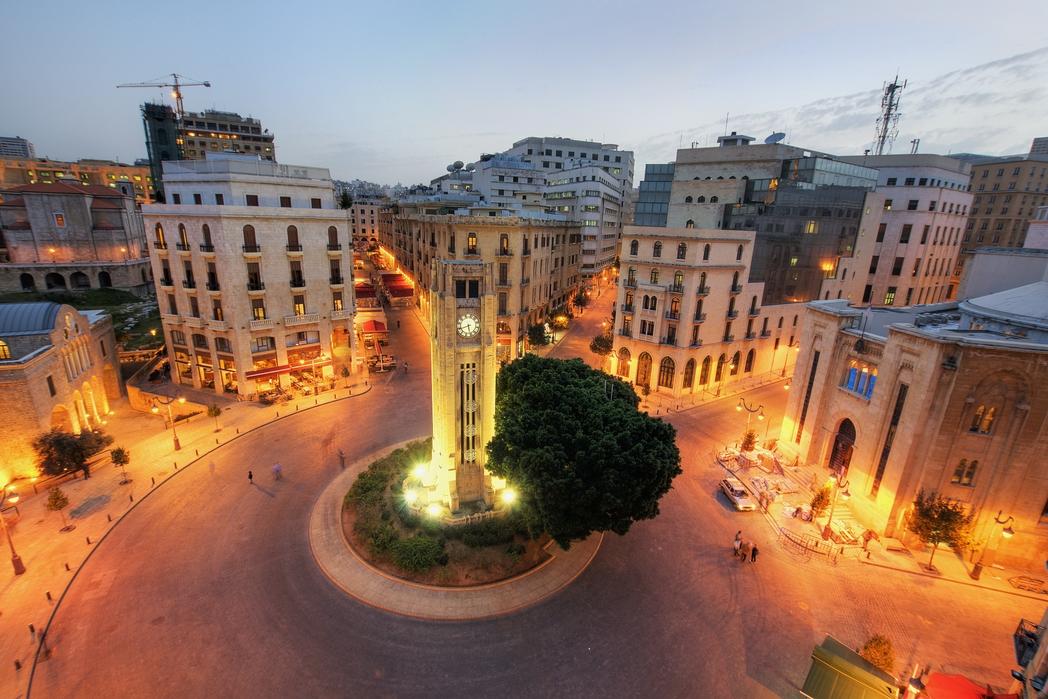 Κεντρική πλατεία με ρολόι στη Βηρυτό