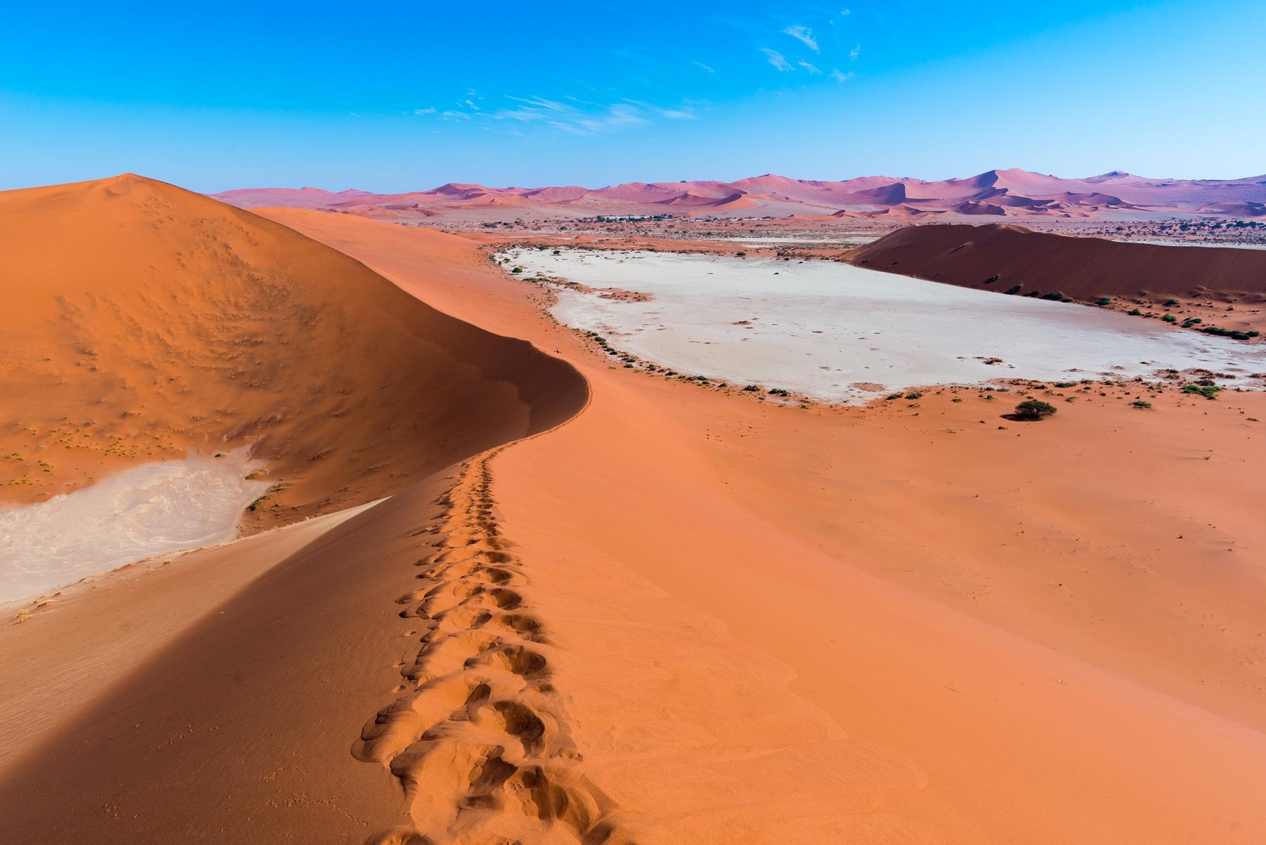 desert in namibia africa