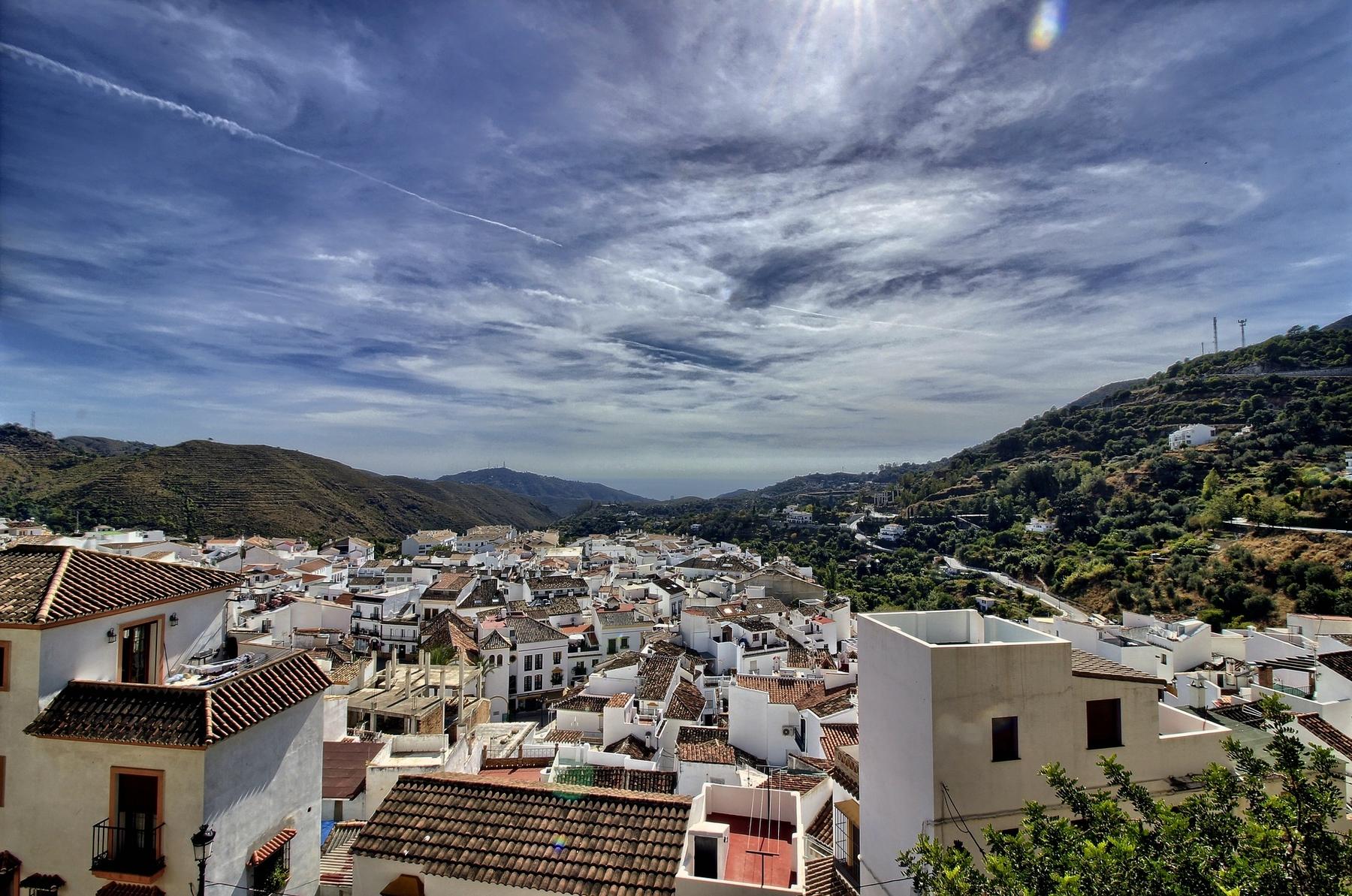 Ojén es uno de los preciosos pueblos de la Axarquía, una de las comarcas de interior de la provincia de Málaga