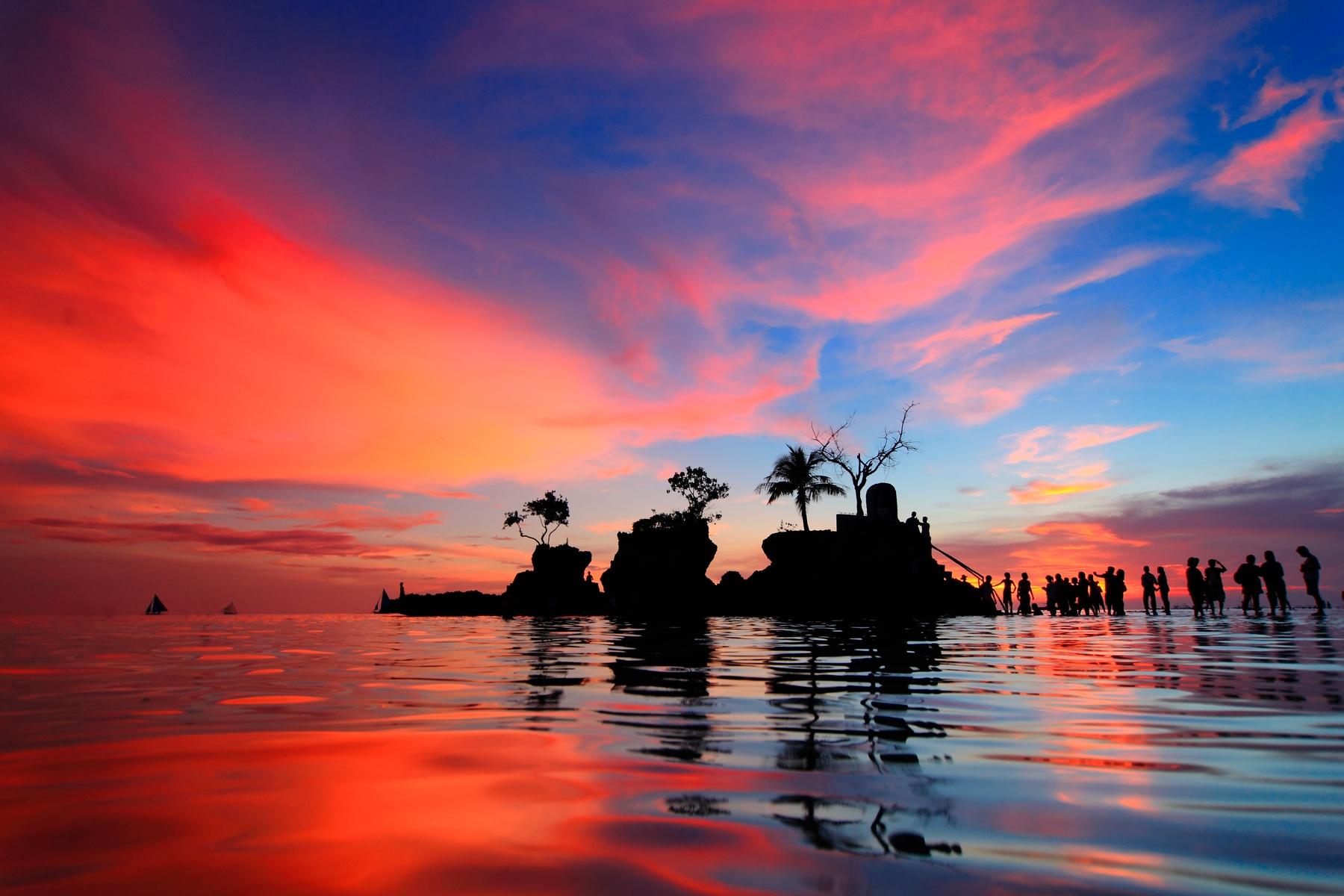 Куда съездить на пляж зимой: Боракай, Филиппины