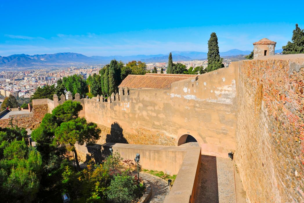 A visit in Gibralfaro Castle is one of the best things to do in Malaga
