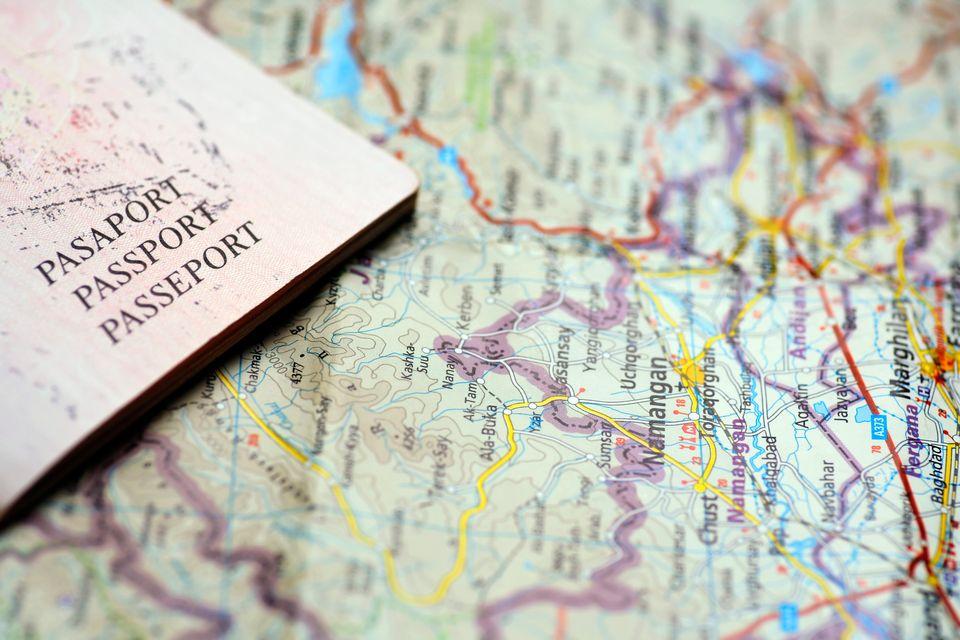 Χάρτης και διαβατήριο για ταξίδια χωρίς άγχος