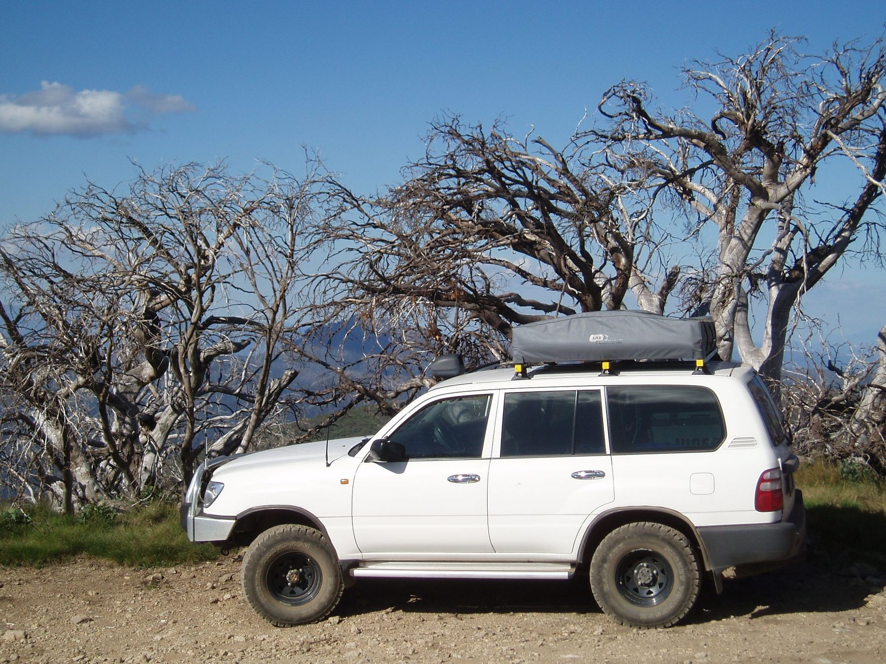 Australian road trip vehicle, Victorian Alps