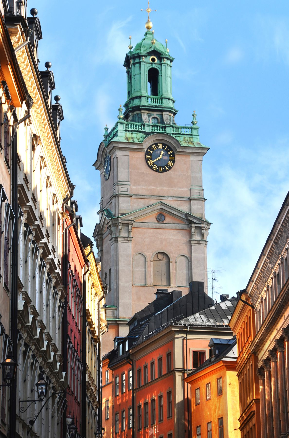 Πύργος με ρολόι στην Παλιά Πόλη της Στοκχόλμης