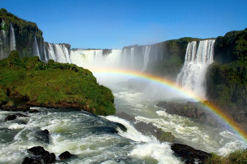 Clique na imagem e encontre passagens aéreas para Foz do Iguaçú!