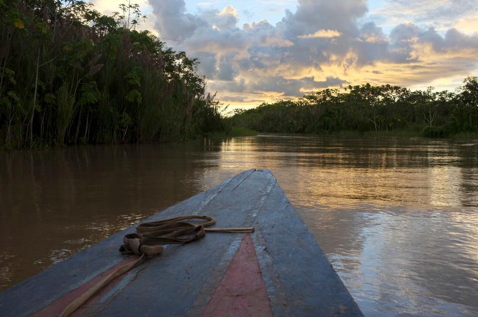 Tαξιδεύοντας με βάρκα στον Περουβιανό Αμαζόνιο