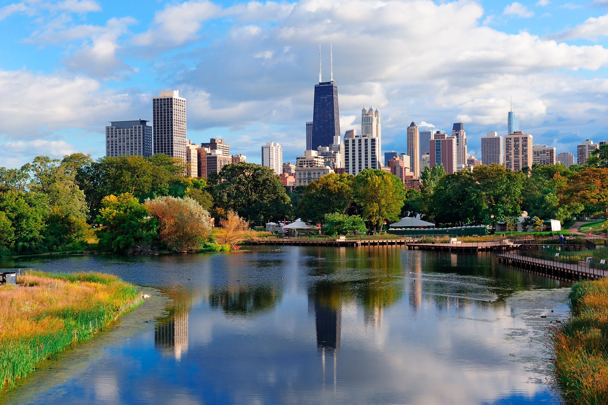 Lincoln Park is a highlight of any summer city break in Chicago