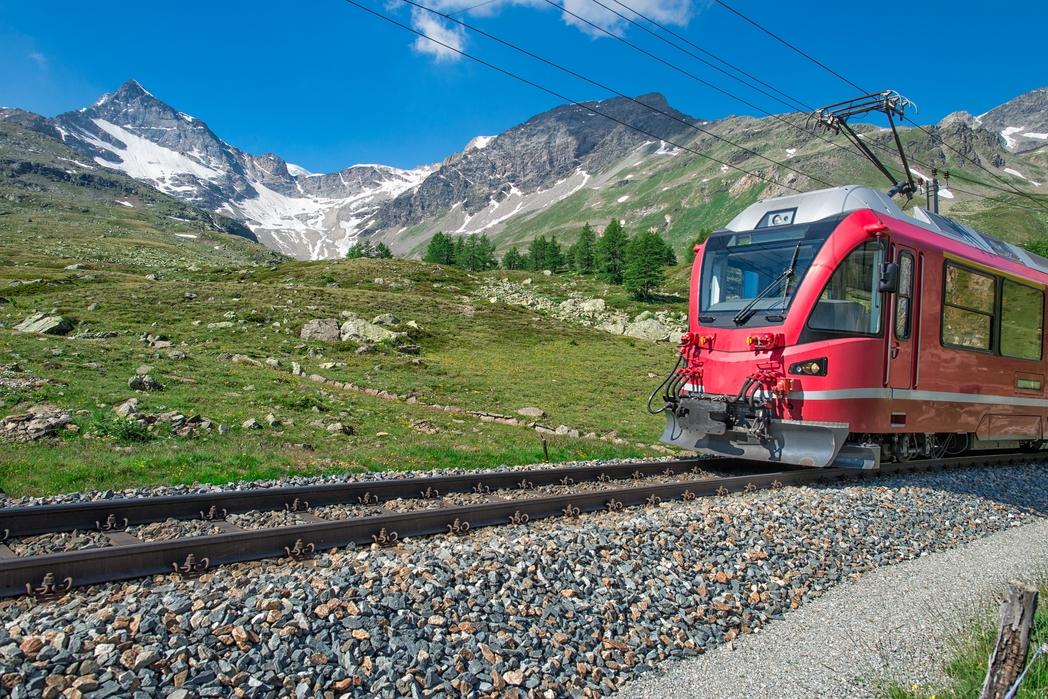 Από το Σεν Μόριτζ στο Τιράνο με το Bernina Εxpress - ταξίδι με τρένο στην Ελβετία