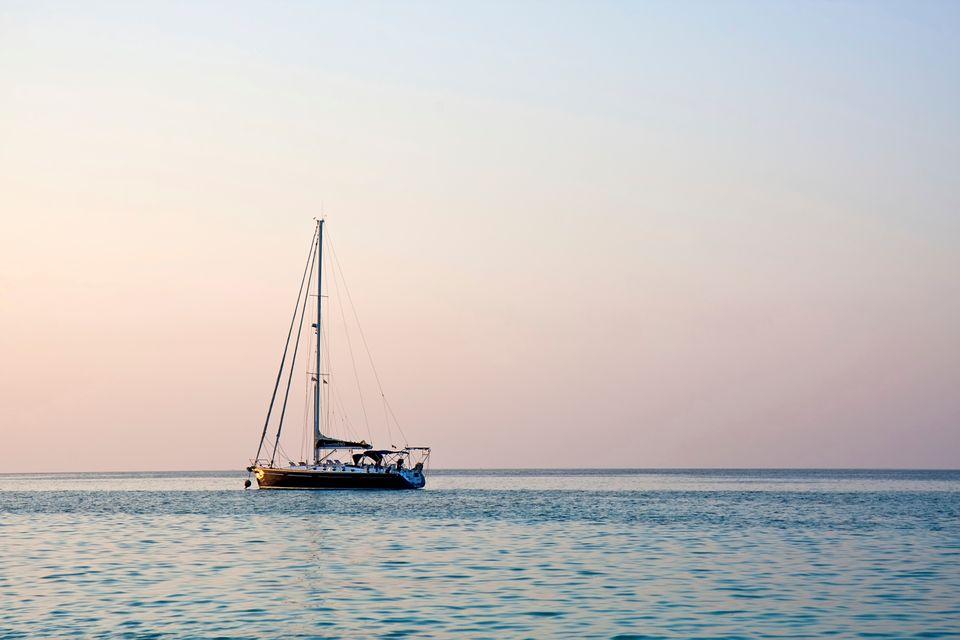 Κάντε διακοπές στην Κάλυμνο με ιστιοπλοϊκό για ν'ανακαλύψετε τις καλύτερες παραλίες