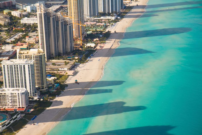 Internationale Städte am Meer mit Strand: Miami, USA