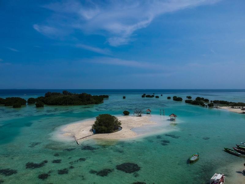 インドネシア プロウスリブ リゾート