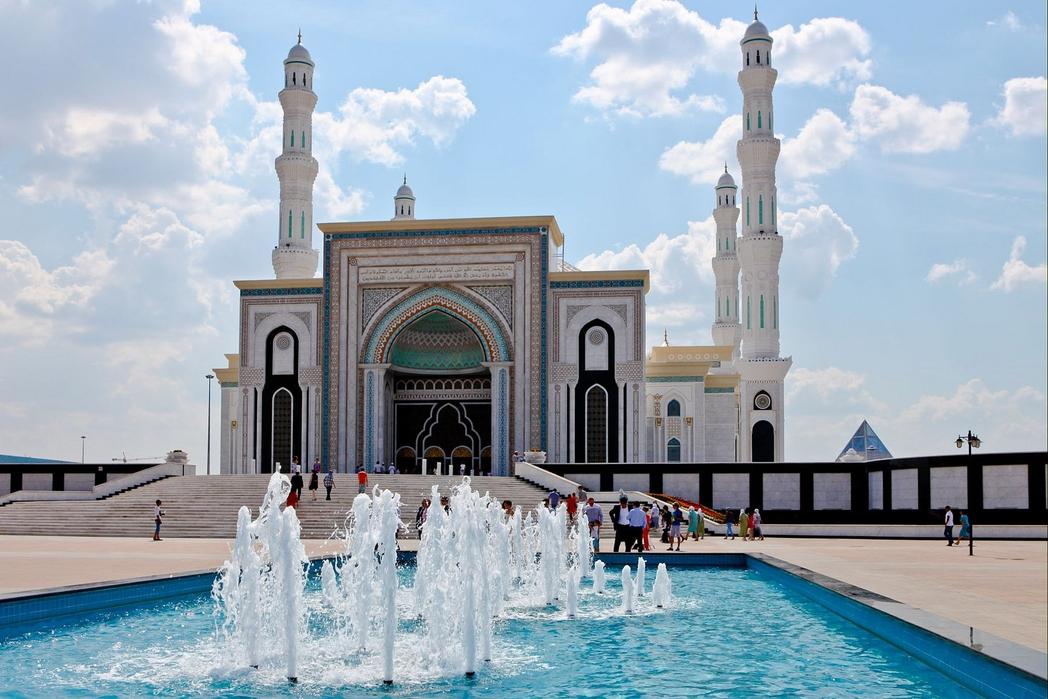 kazakistan astana nur sultan camii