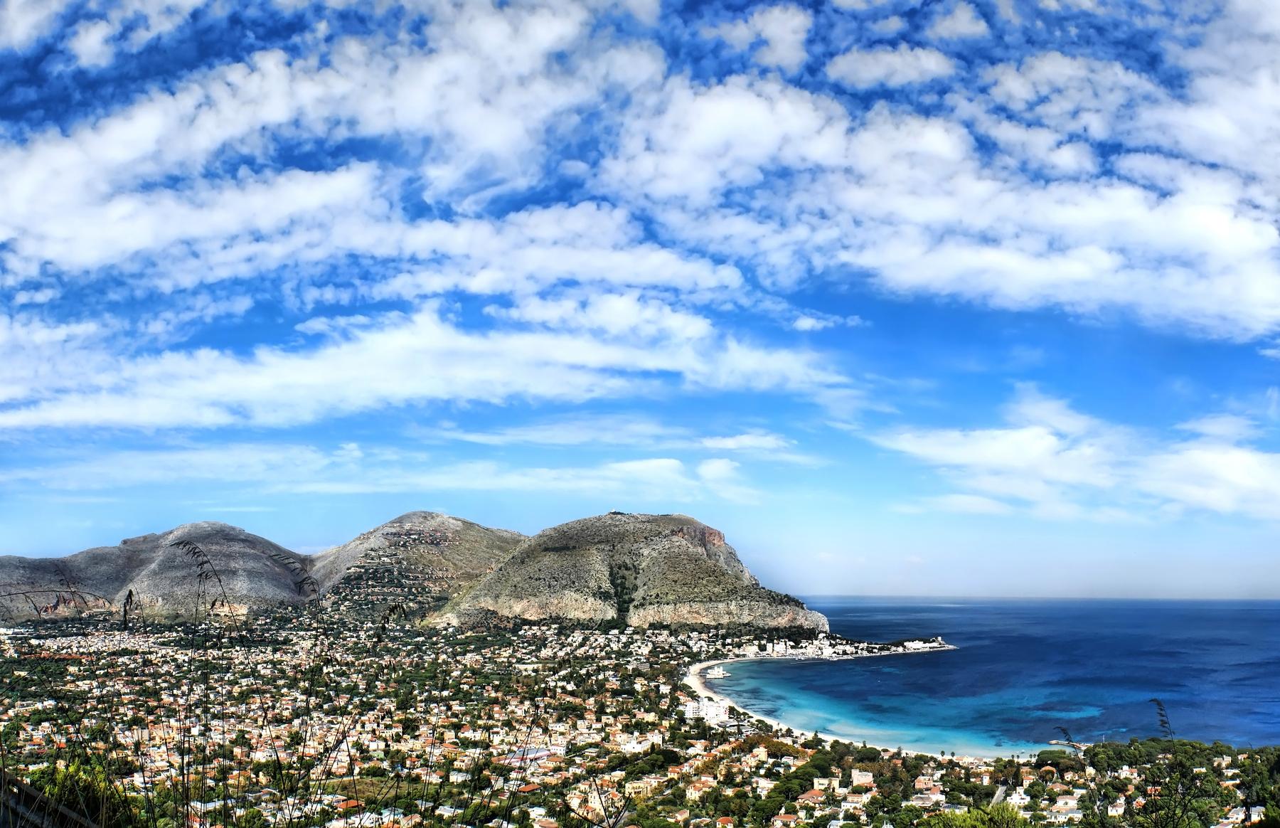 spiagge più belle della Sicilia: Mondello