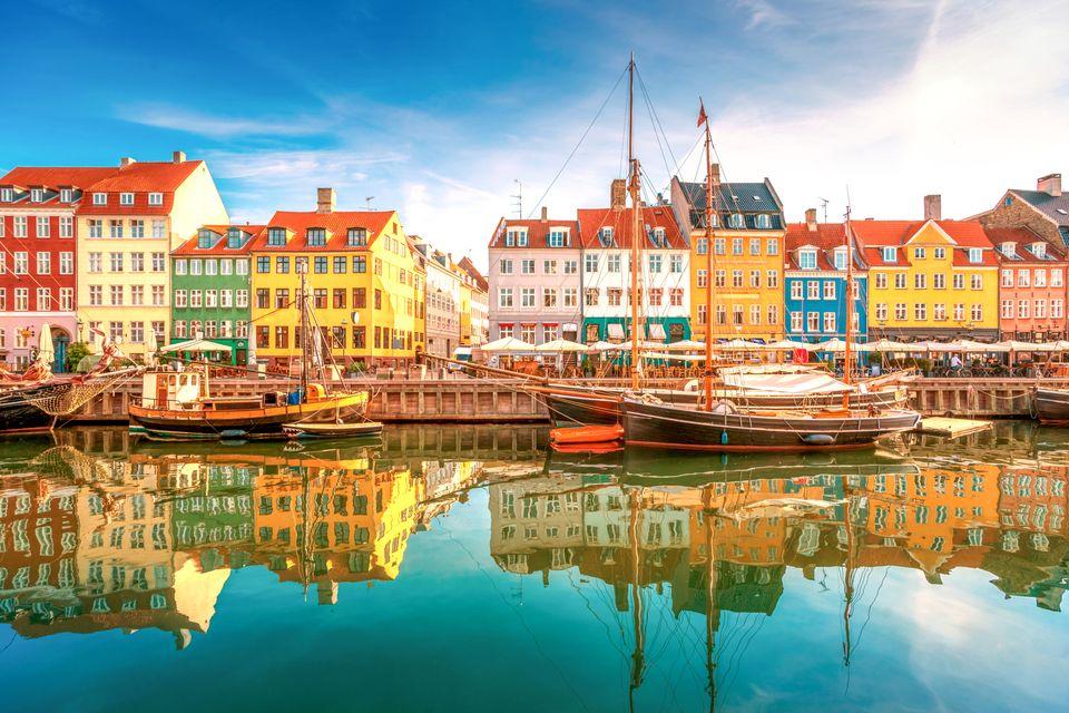 1. Περιηγήσεις εν πλω στα κανάλια του Νyhavn