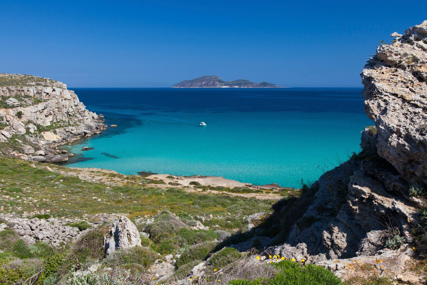 Isola Favignana - isole italiane più belle