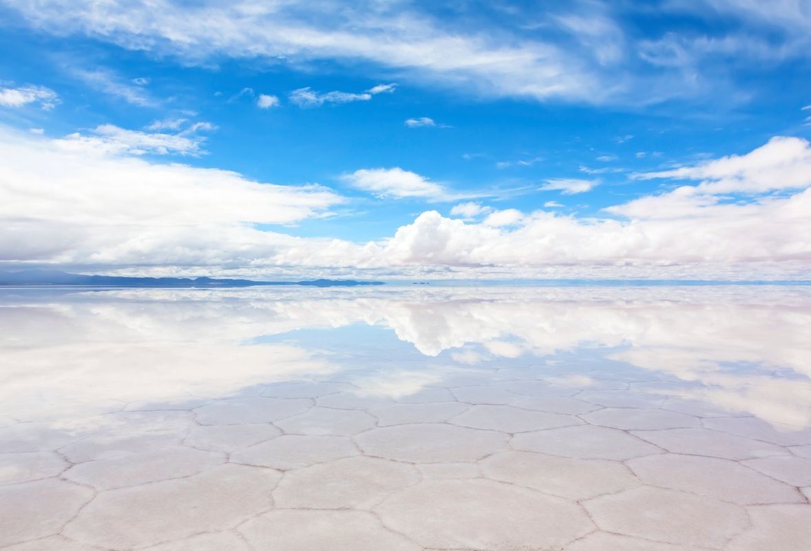 Panorama of the reflecting surface of the lake Salar de Uyuni, Bolivia