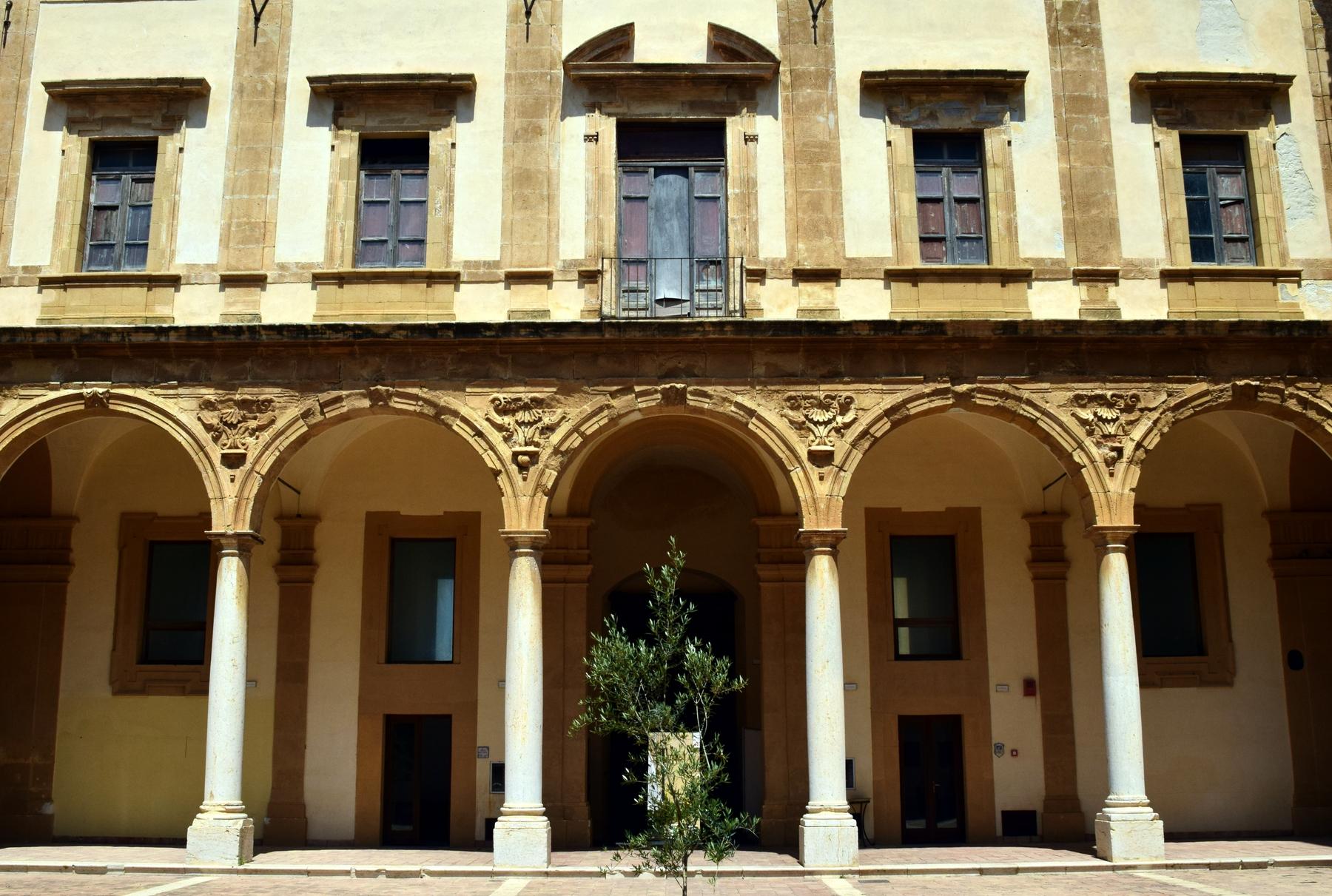 A snapshot of an Italian building's arches in Mazara del Vallo, Sicily
