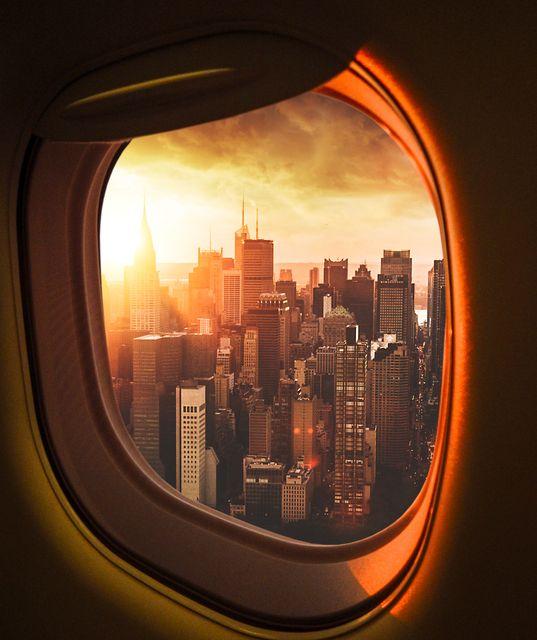Αεροφωτογραφία της Νέας Υόρκης από παράθυρο αεροπλάνου