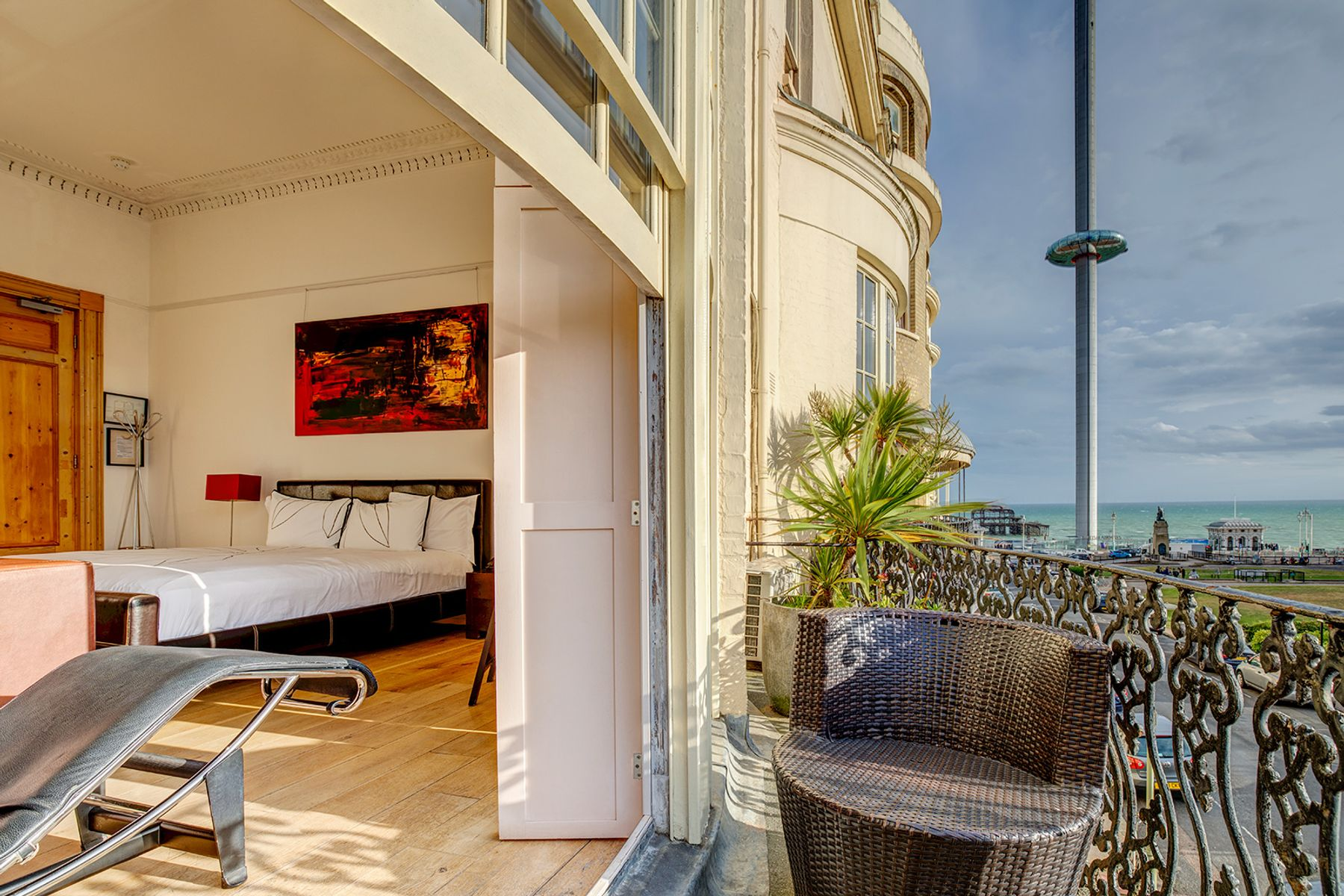 Hotel Una is one of the best hotels in Brighton for a beach break